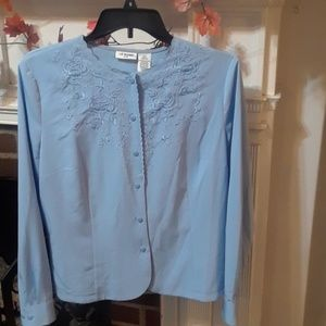 Light blue embroidered blouse 12P